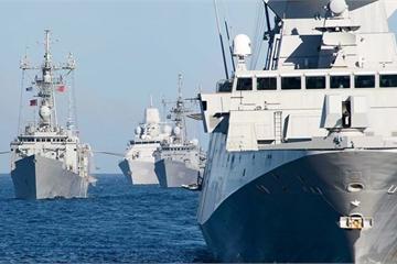 """Hé lộ lý do """"cực sốc"""" khiến tàu NATO không thể do thám gần Crimea"""