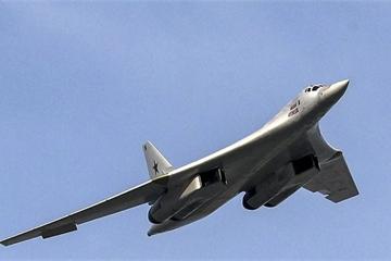 """""""Thiên nga trắng"""" Tu-160 của Nga có phải là cỗ máy hoàn hảo?"""