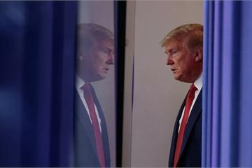 """Ông Trump """"củng cố quyền lực"""" gia hạn lệnh trừng phạt về các mối đe dọa an ninh mạng"""
