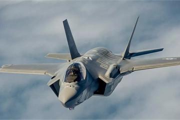 Lockheed Martin đã đào tạo bao nhiêu phi công và chuyên gia cho F-35 Lightning II?