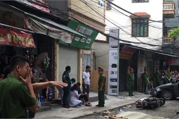 Hà Nội: Lùi xe trong ngõ, tài xế nữ tông người phụ nữ tử vong