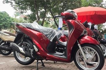 Giá xe máy Honda tháng 4 giảm mạnh, nín thở chờ Winner hoàn toàn mới