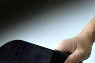Đắk Nông: Cầm dao chém loạn xạ làm 3 người bị thương sau bữa ăn sáng