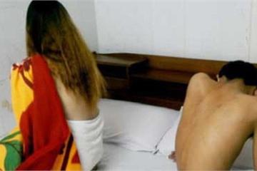 Đắk Lắk: Nữ chủ quán nhậu 'kiêm' môi giới, chứa chấp mại dâm