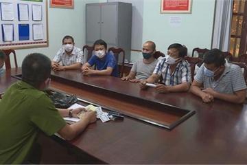 Đắk Lắk: Bắt quả tang 5 đối tượng tham gia đánh bạc trong gara ô tô
