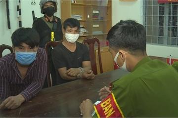 Đắk Lắk: Lập án điểm xử lý nghiêm vụ 2 thanh niên nhổ nước bọt vào cảnh sát