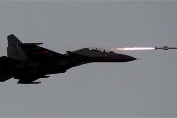 """Ngoại trưởng Pakistan: """"Ấn Độ đang lên kế hoạch tấn công Islamabad"""""""