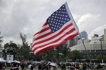 """Tin nổi bật 14/8: TQ """"cấm cửa"""" tàu chiến Mỹ giữa lúc biểu tình Hong Kong """"sôi sục"""""""