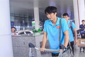 """Tiền Vệ Tuấn Anh: """"Chơi trên sân Thái Lan không hề dễ dàng"""""""