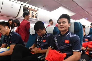 """""""Siêu máy bay"""" Boeing 787-10 chào đón những người hùng của đoàn thể thao Việt Nam"""