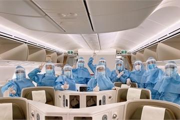 """Bên trong những chuyến bay của Vietnam Airlines từ """"tâm dịch"""" châu Âu về nước"""