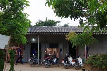 """Hưng Yên: 42 con bạc nhảy sông định """"tẩu thoát"""" bị cảnh sát bắt giữ"""