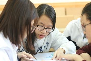 Tốt nghiệp đại học không tìm được việc, nhiều bạn trẻ quay ra học nghề