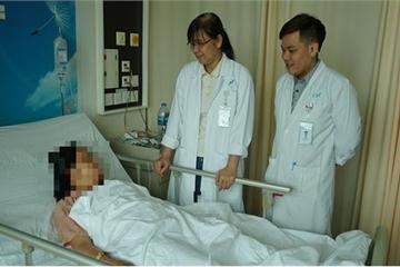 Rong huyết kéo dài, bệnh nhân phải cắt toàn bộ tử cung
