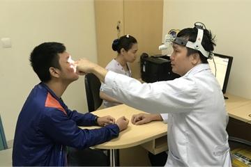 Rò dịch não tủy suốt 11 năm mà cứ tưởng viêm mũi