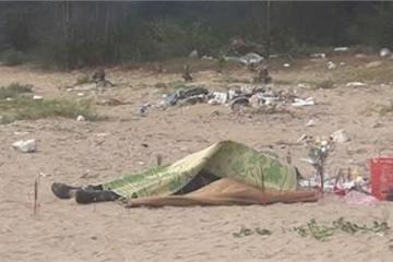 Phát hiện thi thể nam giới đang phân hủy trôi dạt vào bờ biển Thanh Hóa