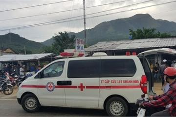 Khánh Hòa: Xe khách lao vào nhà dân, hàng chục hành khách bị thương