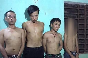 Thiếu niên 14 tuổi bị bắt khi cùng đàn anh tàng trữ ma túy