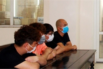 Xử phạt, buộc xuất cảnh 4 người Trung Quốc vào Việt Nam trái phép ngày 4/3