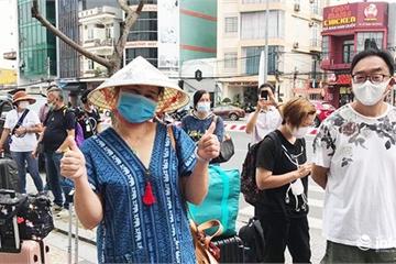 Đà Nẵng: Khách nước ngoài vỡ òa niềm vui hoàn thành 2 tuần cách ly tại KS Vanda