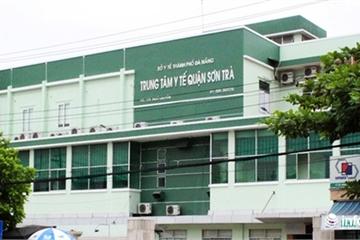 Đà Nẵng: Cô gái người Mỹ chống đối nhân viên y tế, bắt xe Grab trốn cách ly