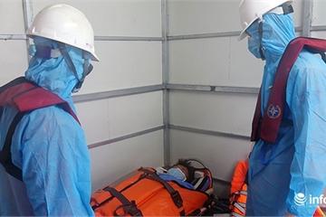 Khẩn cấp cứu ngư dân bị tai biến khi tàu đang lênh đênh trên biển Hoàng Sa