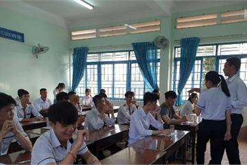Đắk Lắk: Đình chỉ 1 thí sinh mang điện thoại vào phòng thi