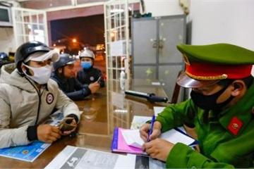 Lâm Đồng: Không đeo khẩu trang nơi công cộng, 10 người bị lập biên bản xử phạt