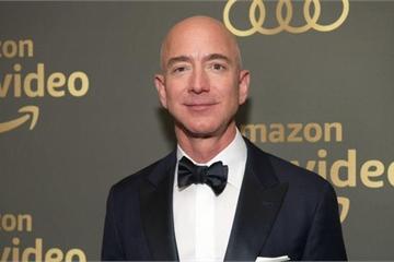 Vụ ly hôn thế kỷ: CEO Amazon có quan hệ tình cảm với phụ nữ có gia đình?