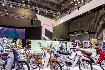 """Người Việt mua 3,4 triệu xe máy 1 năm, Honda, Yamaha """"ăn quả đậm"""""""