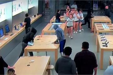 Apple Store bị cướp link kiện giá trị gần 27.000 USD trong... 30 giây
