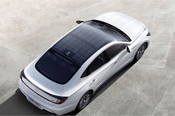 Xe ô tô Hyundai đầu tiên trang bị tấm pin mặt trời ra mắt
