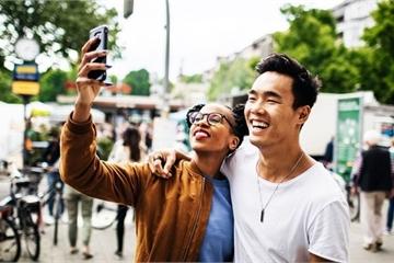 Công dụng mới của việc chụp ảnh selfie: không chỉ để đăng Facebook, mà còn để ... đo huyết áp!