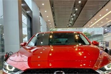 Mazda3 2020 bị lỗi phanh tự động: Kết quả bài thử va chạm với CX-5 tại đại lý