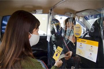 Các hãng gọi xe công nghệ dựng màng ngăn Covid-19,giảm nguy cơ lây nhiễm cho tài xế