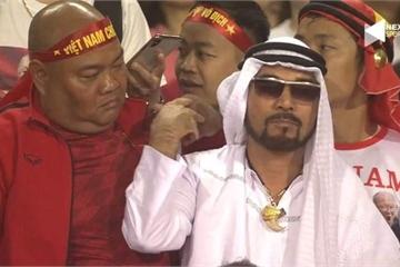 Một cổ động viên UAE lọt thỏm giữa biển người Việt, trò chơi mạo hiểm là đây!