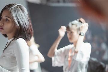 """Bích Phương bùng nổ với ca khúc hit """"lạ"""" ở AAA 2019"""