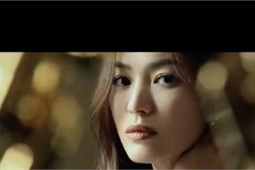 Song Hye Kyo thừa nhận thích cảm giác cô đơn trong đêm tối sau khi ly hôn