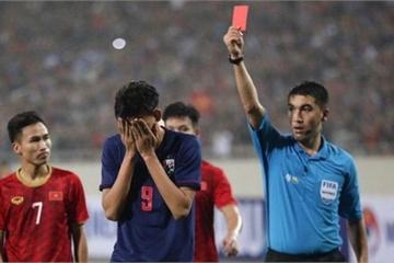 Vì sao cầu thủ U23 Thái Lan không bị treo giò như Việt Nam dù nhận thẻ đỏ?