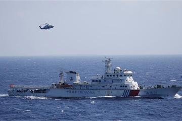 """Trung Quốc lớn tiếng nói tàu khu trục Mỹ lại gần Hoàng Sa mà """"chưa được phép"""""""