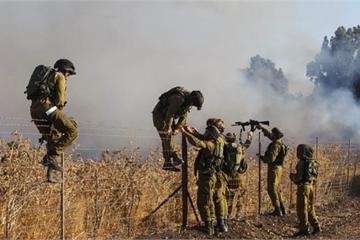 """Quân đội Israel nổ súng """"bắn nhầm"""" máy bay dân sự ở biên giới Syria"""