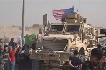 """Người Kurd """"bao vây"""" căn cứ quân sự Mỹ ở Syria, yêu cầu bảo vệ khỏi Thổ Nhĩ Kỳ"""