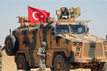 """Chiến sự ở Syria """"sôi sùng sục"""", Mỹ dọa lập tức tấn công đáp trả quân đội Thổ Nhĩ Kỳ"""