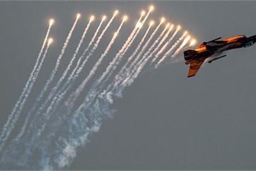 Quốc gia nào ở Đông Nam Á muốn sở hữu cả tiêm kích F-16V của Mỹ và Su-35 Nga?