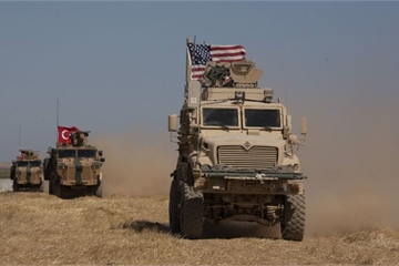 """Ủng hộ Thổ Nhĩ Kỳ tấn công quân đội Syria ở Idlib, Mỹ """"đổ thêm dầu vào lửa"""""""