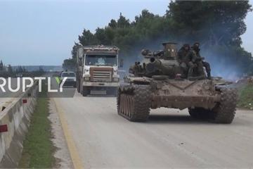 """Thổ Nhĩ Kỳ vẫn """"ồ ạt"""" tấn công, quân đội Syria điều loạt vũ khí tới Idlib"""