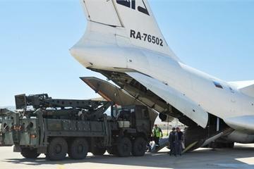 """Thổ Nhĩ Kỳ sẽ dừng kích hoạt tên lửa """"khủng"""" S-400 Nga, lý do là gì?"""