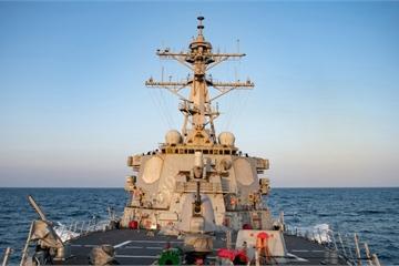 Không chỉ máy bay, tàu chiến Mỹ cũng đi qua eo biển Đài Loan đúng ngày TQ tập trận