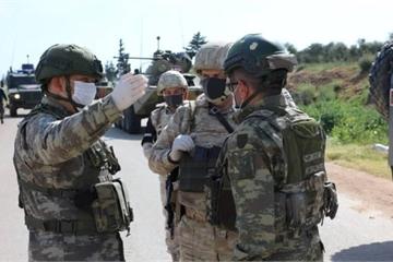 """Quân đội thế giới bị đảo lộn ra sao từ """"thảm họa vô hình"""" Covid-19?"""
