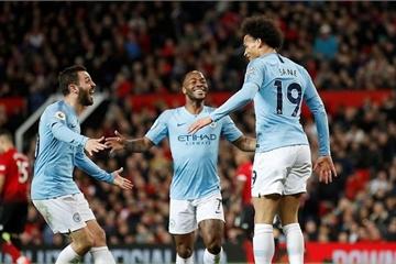 Man City đả bại M.U, Arsenal ôm hận, tốp 4 Premier League căng như dây đàn